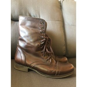 Authentic Steve Madden Troopas